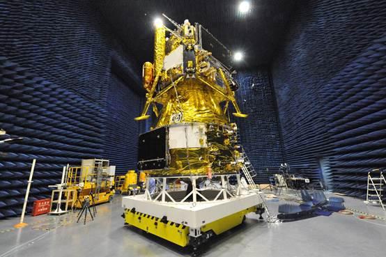 """嫦娥五号任务是我国探月工程""""绕落回""""三步走中的最后收官之战。"""