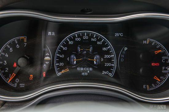 友好度提升 小配置升级 体验2016款Jeep大切诺基